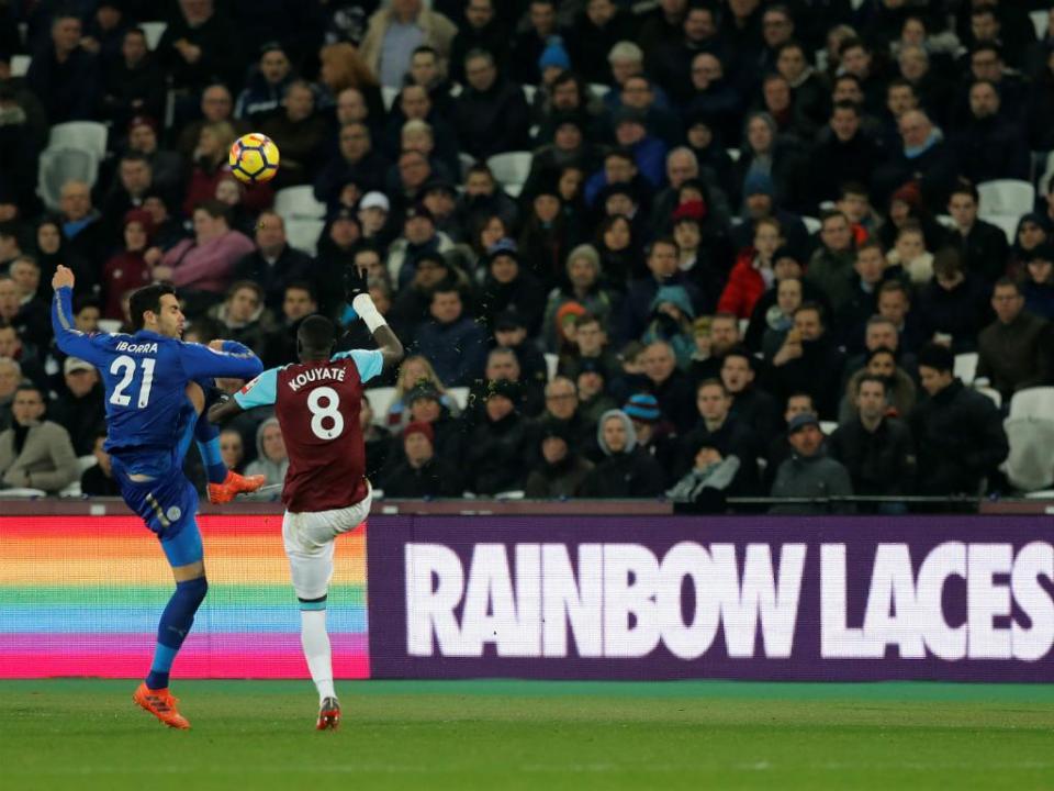 West Ham e Leicester empatam na abertura da jornada