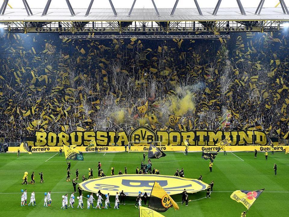 Adeptos do Dortmund anunciam boicote ao jogo com o Augsburgo