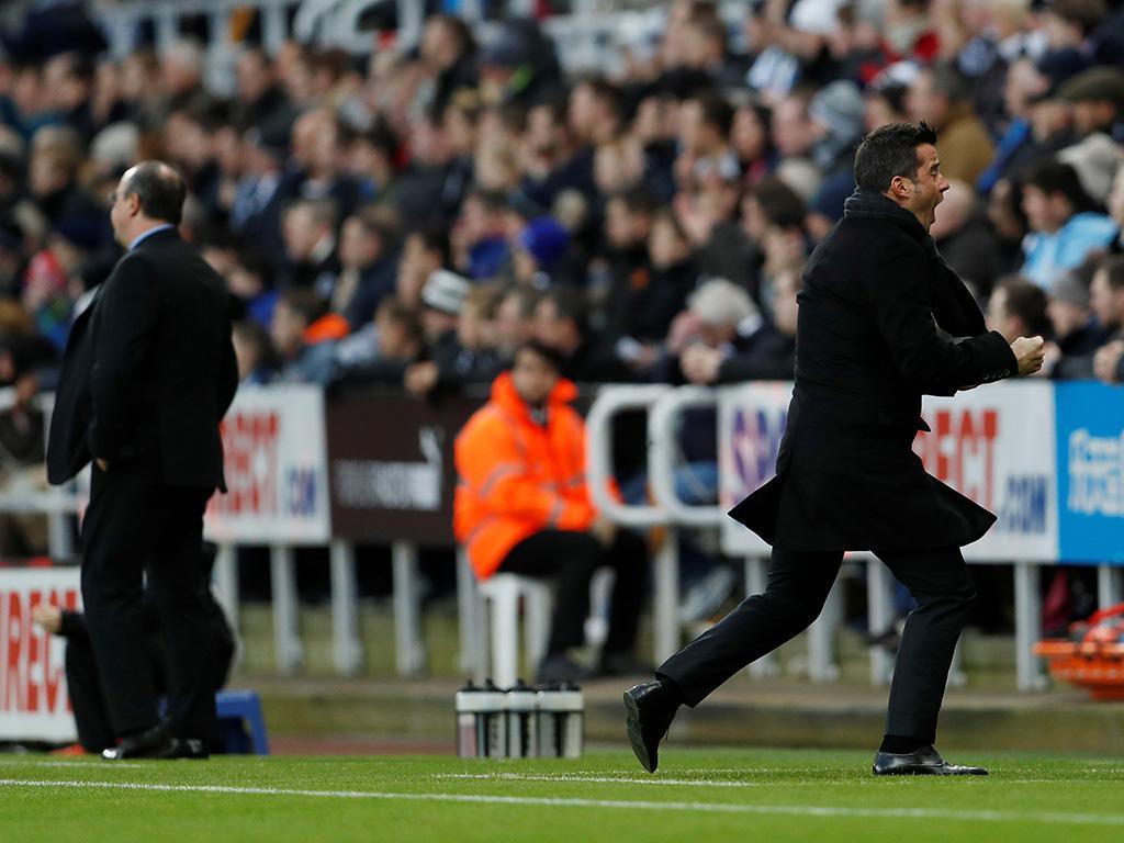 Inglaterra: Marco Silva reforça oitavo lugar com ajuda de Mourinho