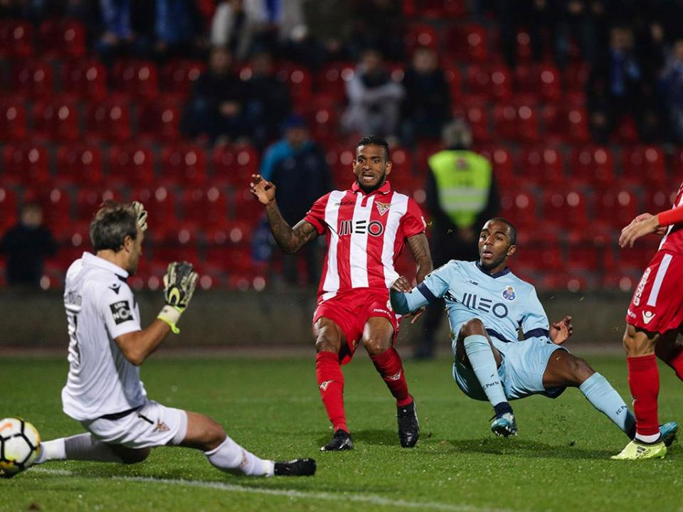 Desp. Aves-FC Porto, 1-1 (crónica)