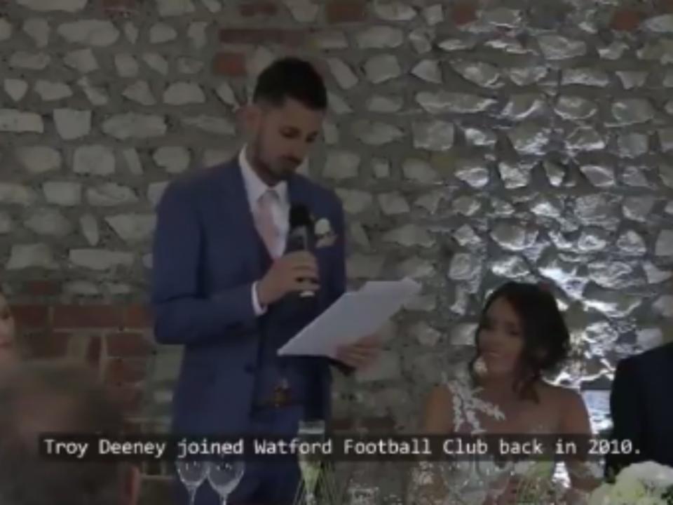 VÍDEO: afinal não era ela... noivo declara-se a jogador do Watford