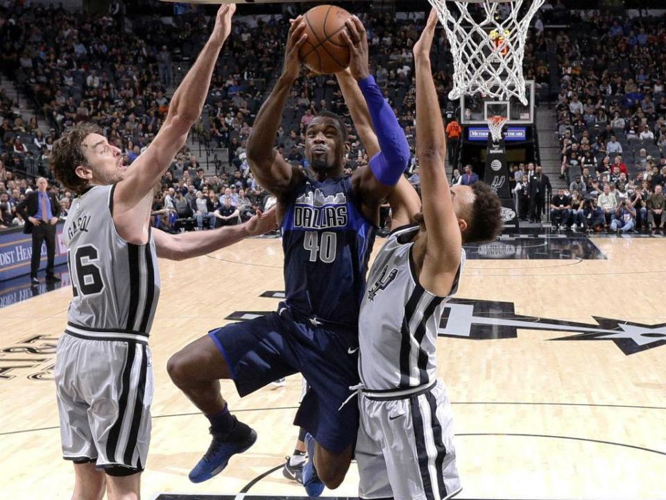 NBA: Dono dos Dallas Mavericks multado por incentivar equipa a perder