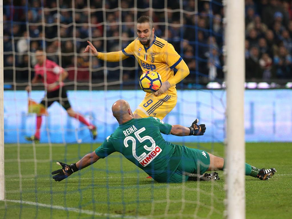 Itália: Higuaín decide no San Paolo e Juventus aproxima-se do Nápoles