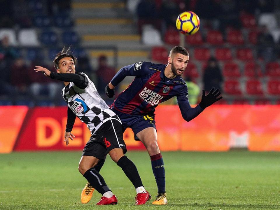 Jorge Simão: «Um ponto satisfaz mas não é excelente»