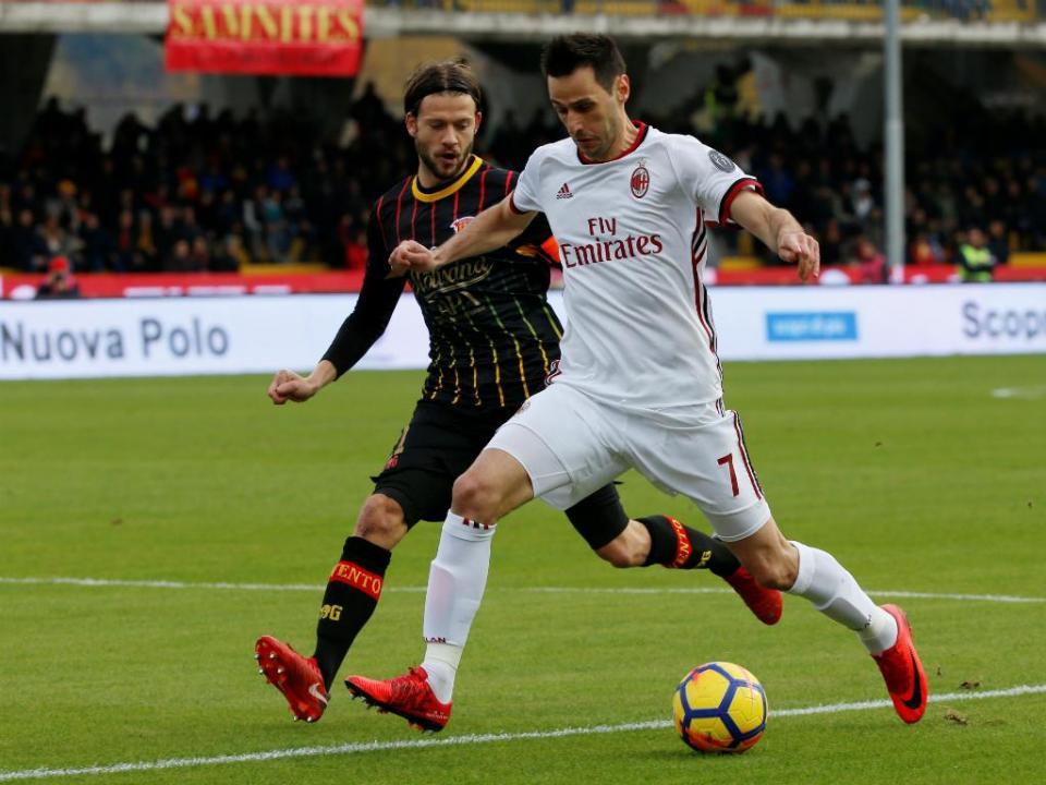 Leonardo diz que Kalinic no Atlético Madrid «está quase fechado»