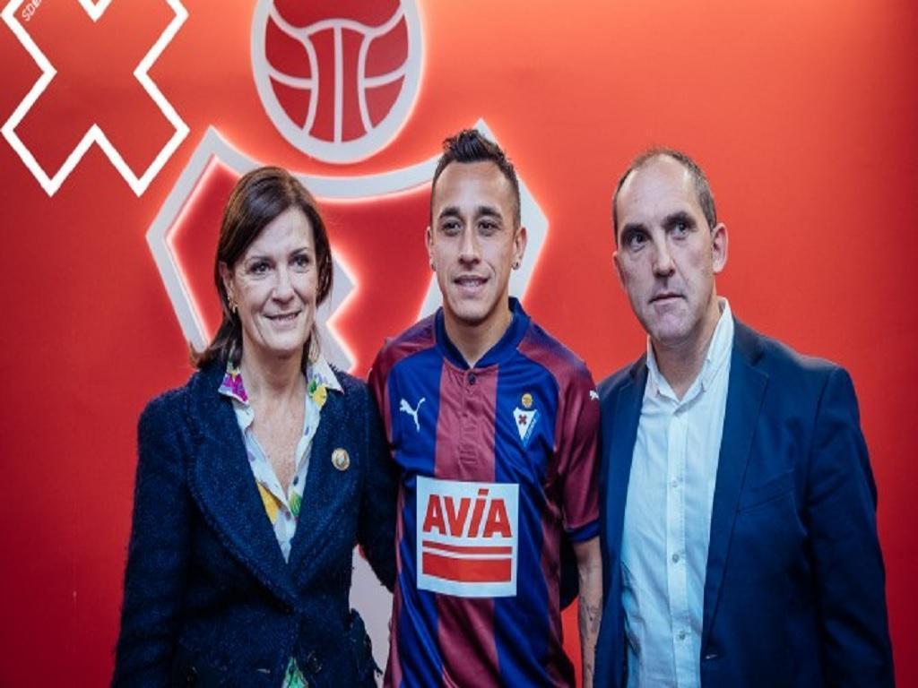 Espanha: Eibar oficializa contratação de Fabián Orellana