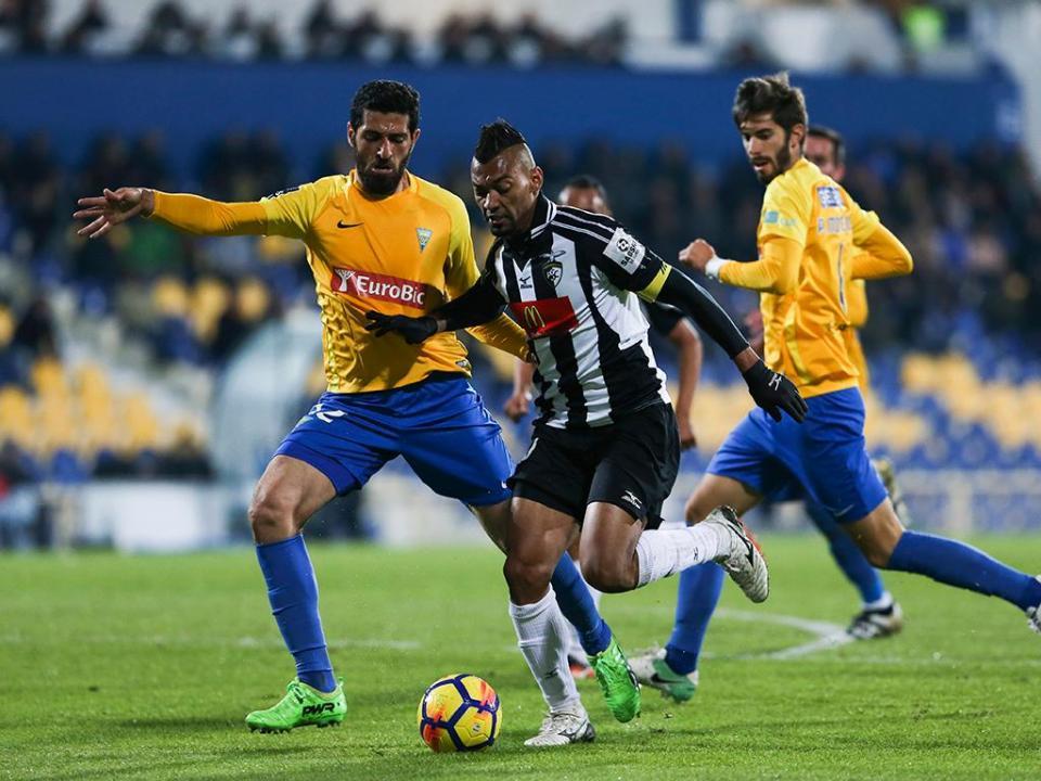 Estoril-Portimonense, 0-0 (resultado final)
