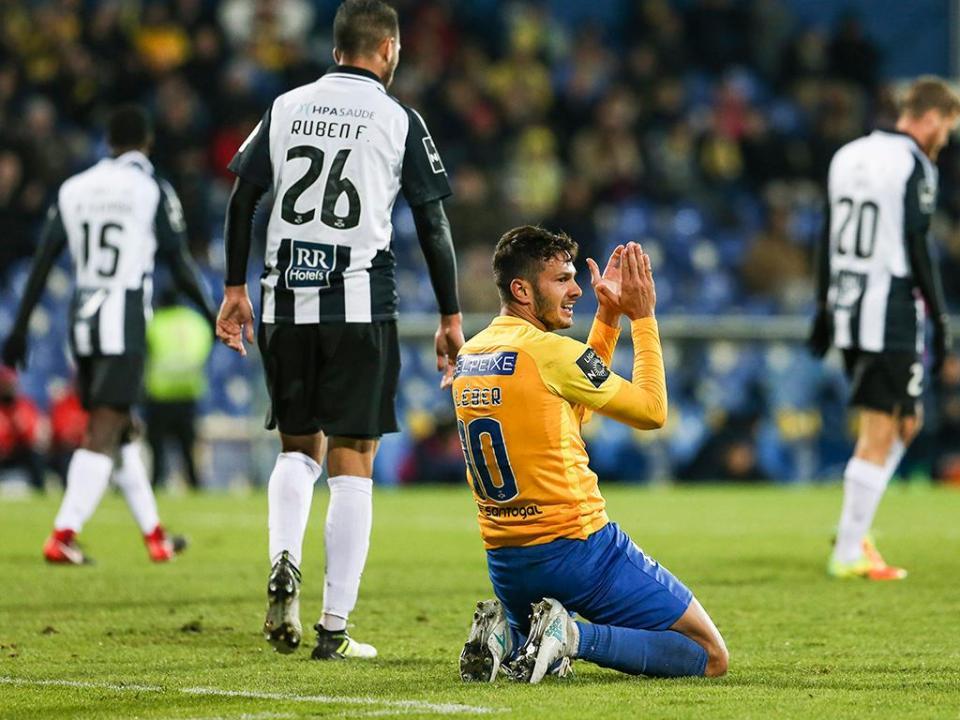 VÍDEO: o resumo do empate entre Estoril e Portimonense