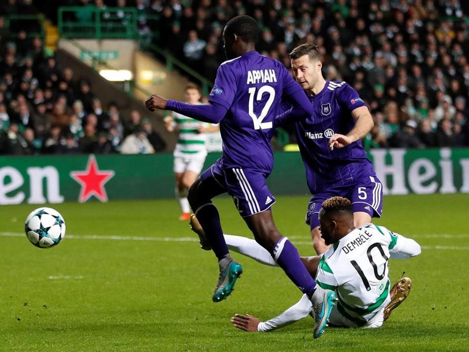Bélgica: Brugge firme no topo, Anderlecht de Josué perde terreno