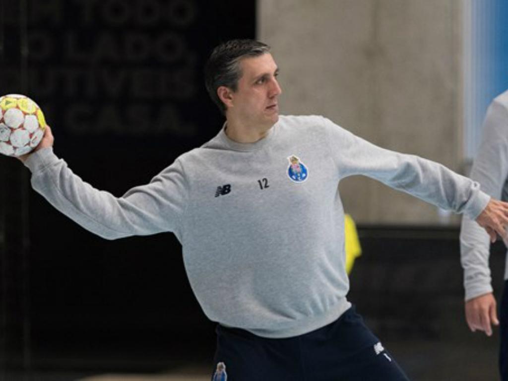 Andebol: FC Porto anuncia regresso de guardião de 43 anos