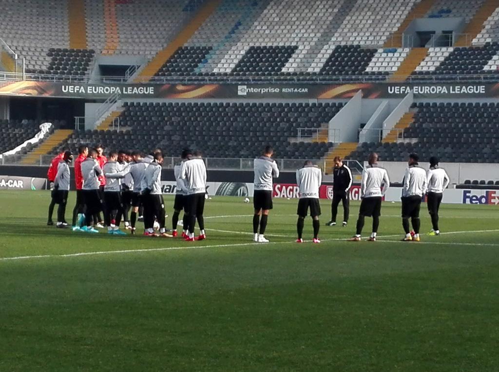 Pedro Martins quer Vitória focado no Konyaspor, mesmo a precisar do Salzburgo