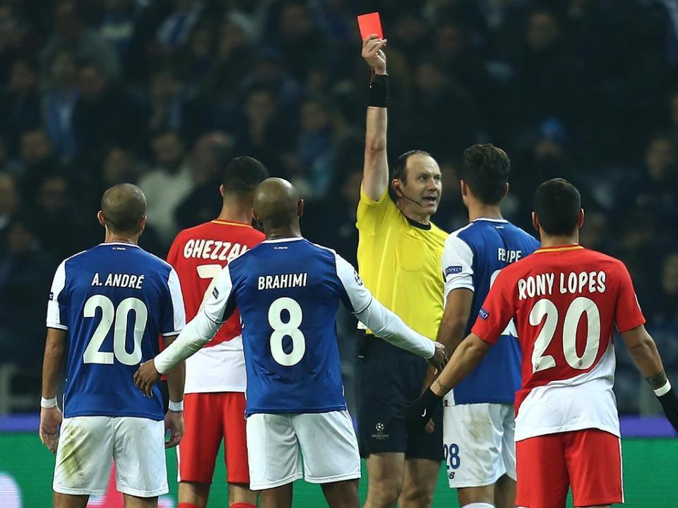 Felipe pede desculpa após expulsão: «Jogo não foi como queria»