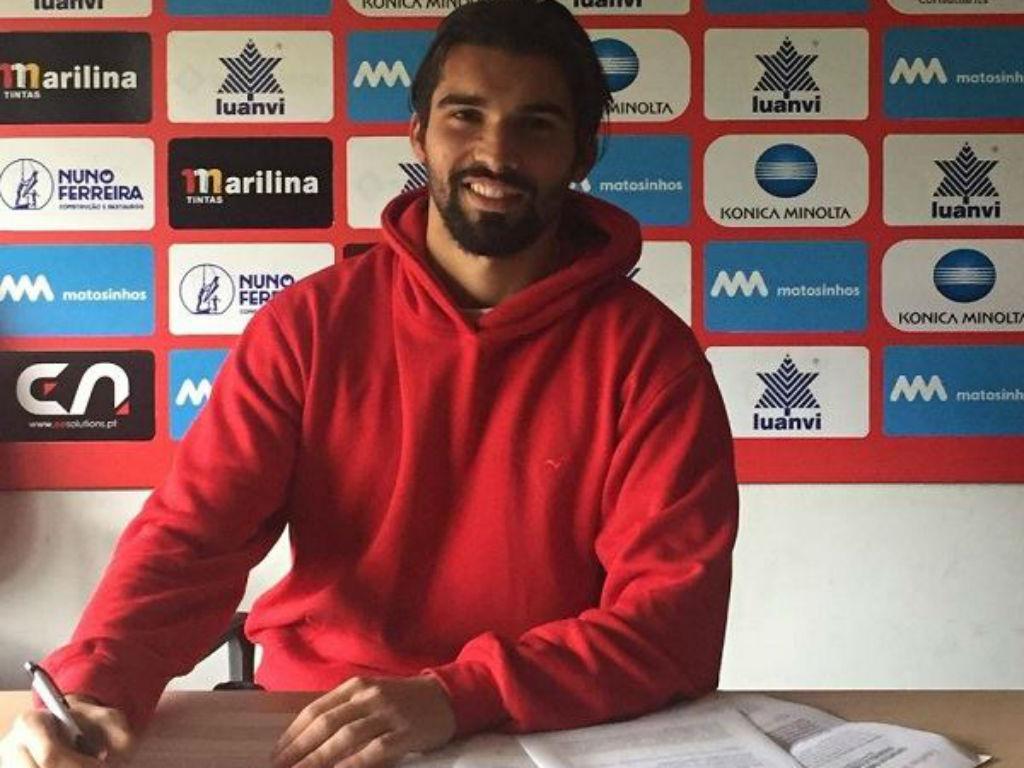 II Liga: Leixões renova com «bebé» Nuno Pereira