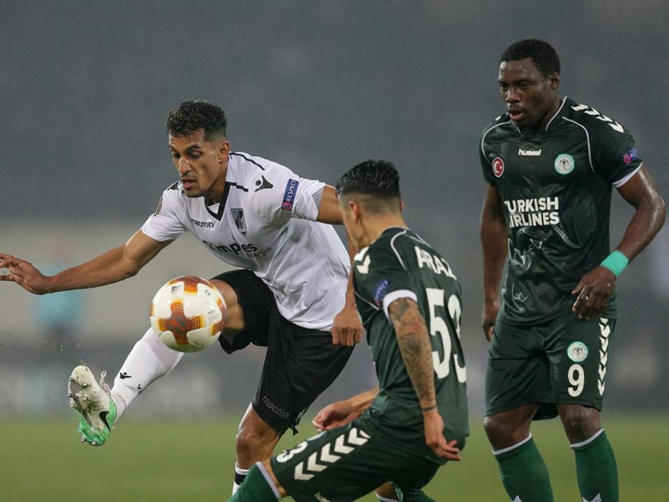 LE: V. Guimarães-Konyaspor, 1-1 (destaques)