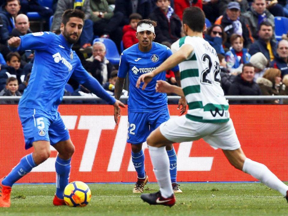 Getafe de Antunes empata com Eibar de Paulo Oliveira e Bebé