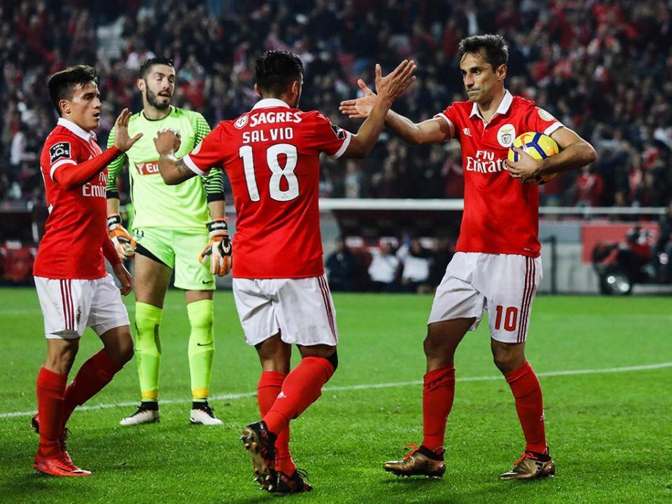 VÍDEO: veja o resumo da vitória do Benfica frente ao Estoril (3-1)