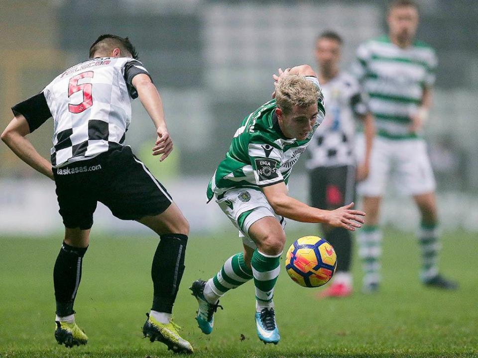 Sporting multado em 11 mil euros por incidentes no Bessa