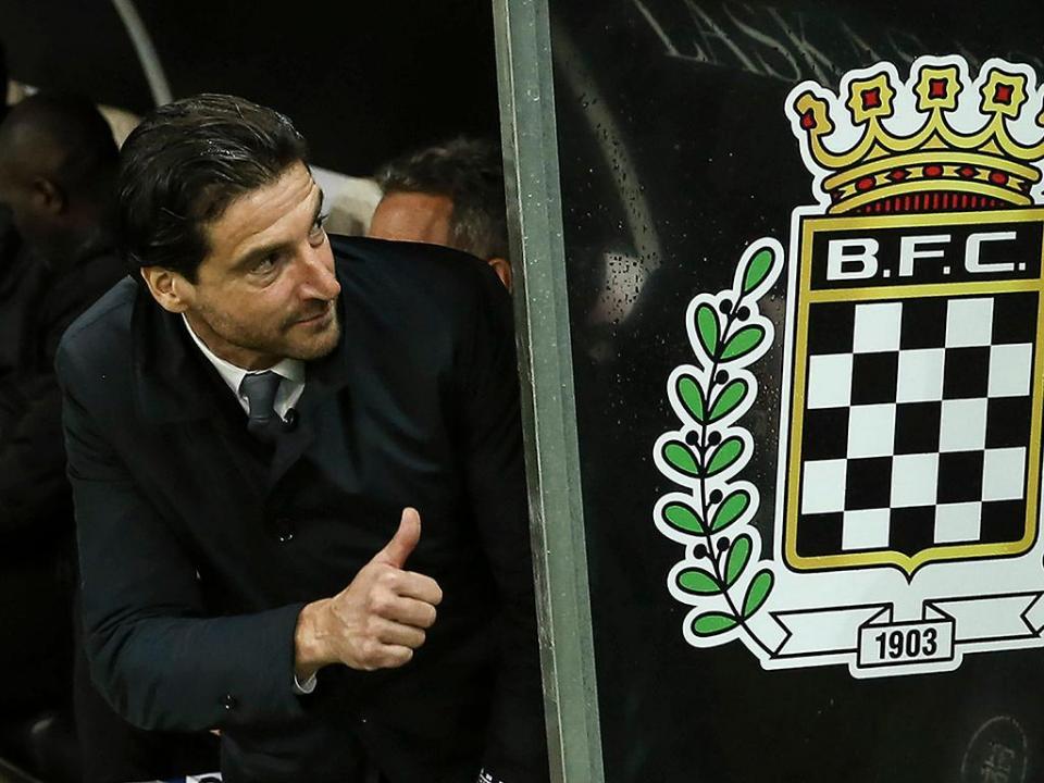 Simão recorre ao xadrez para explicar derrota frente ao Sporting