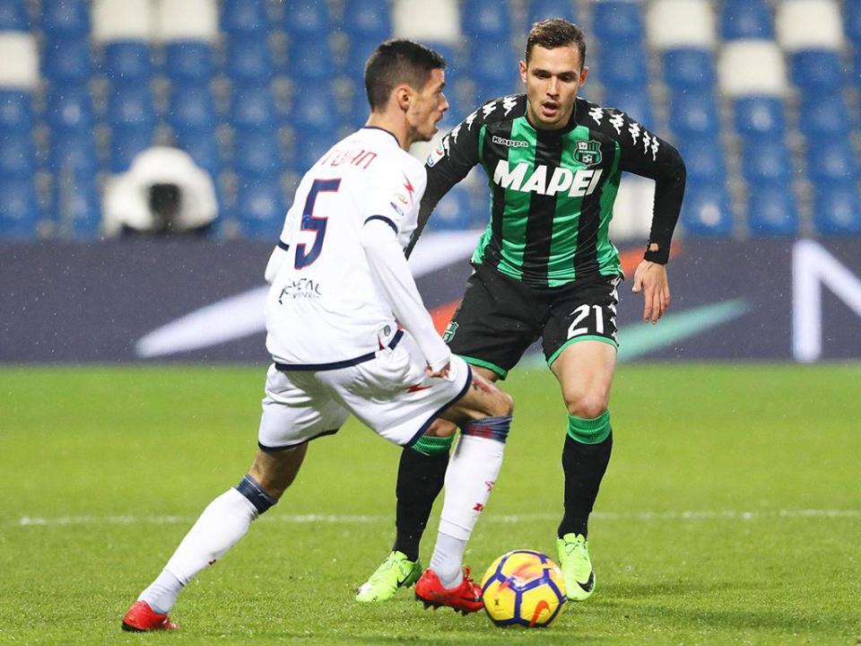 Zenga estreia-se com derrota na visita ao Sassuolo