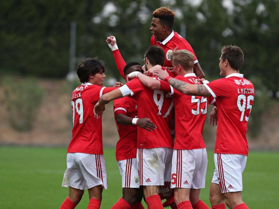 II Liga: Benfica B outra vez goleado, agora pelo último
