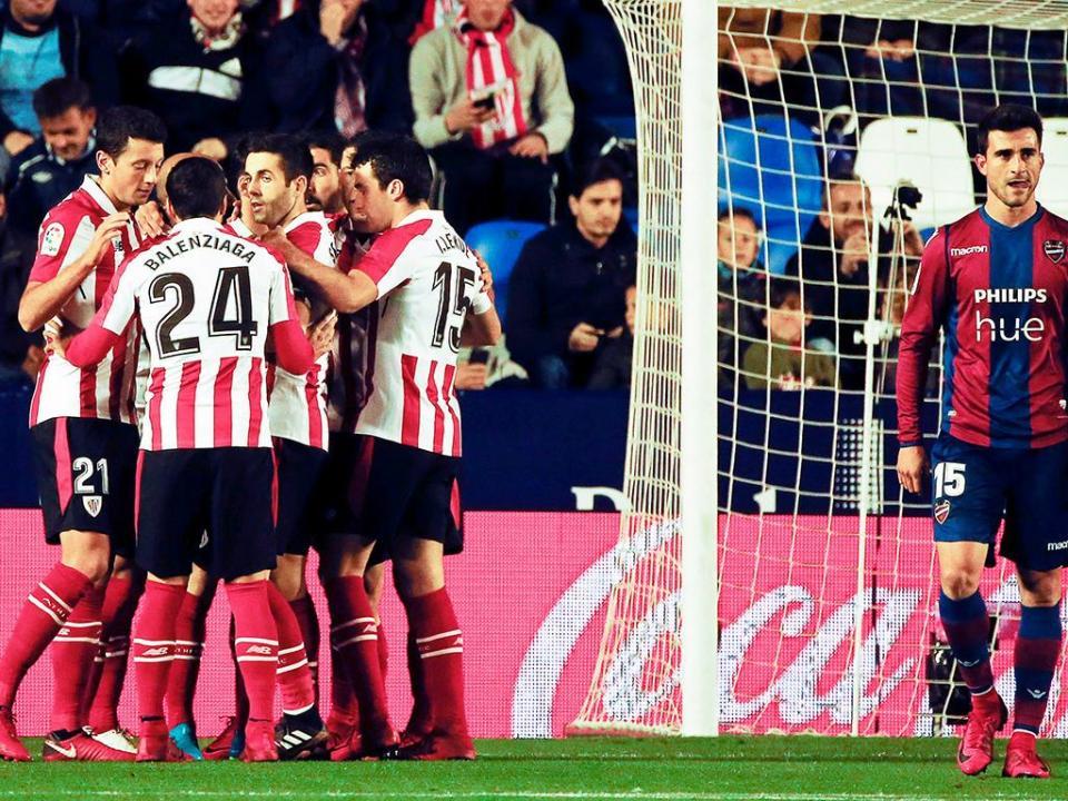 Athletic Bilbao vence Levante e escapa à zona de despromoção