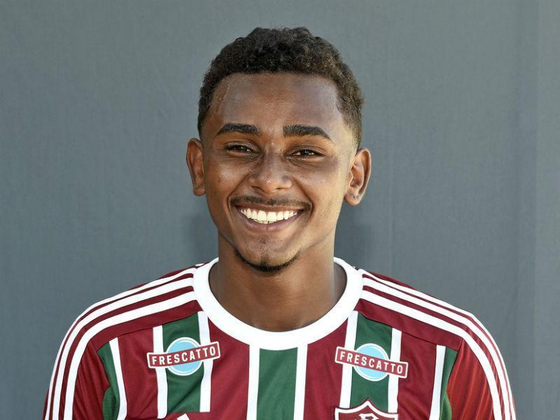 Jornal português coloca Wendel, do Fluminense, perto do Sporting-POR