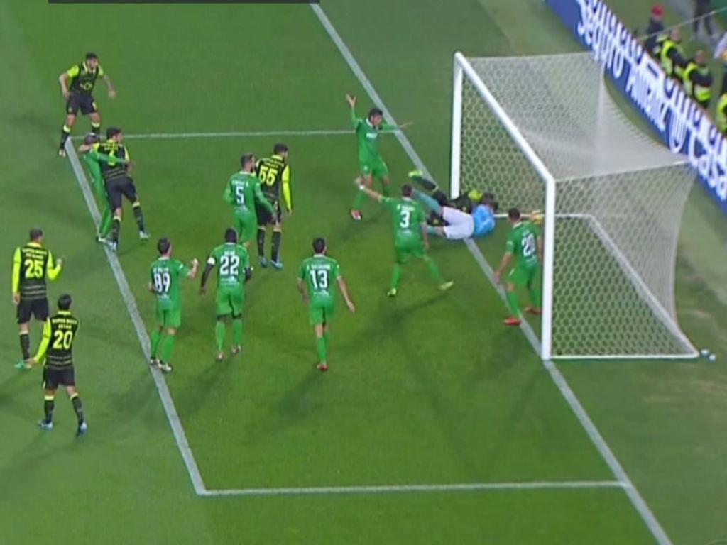 VÍDEO: o golo anulado a Doumbia no Sporting-Vilaverdense