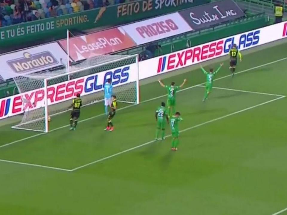VÍDEO: Doumbia faz o hat-trick
