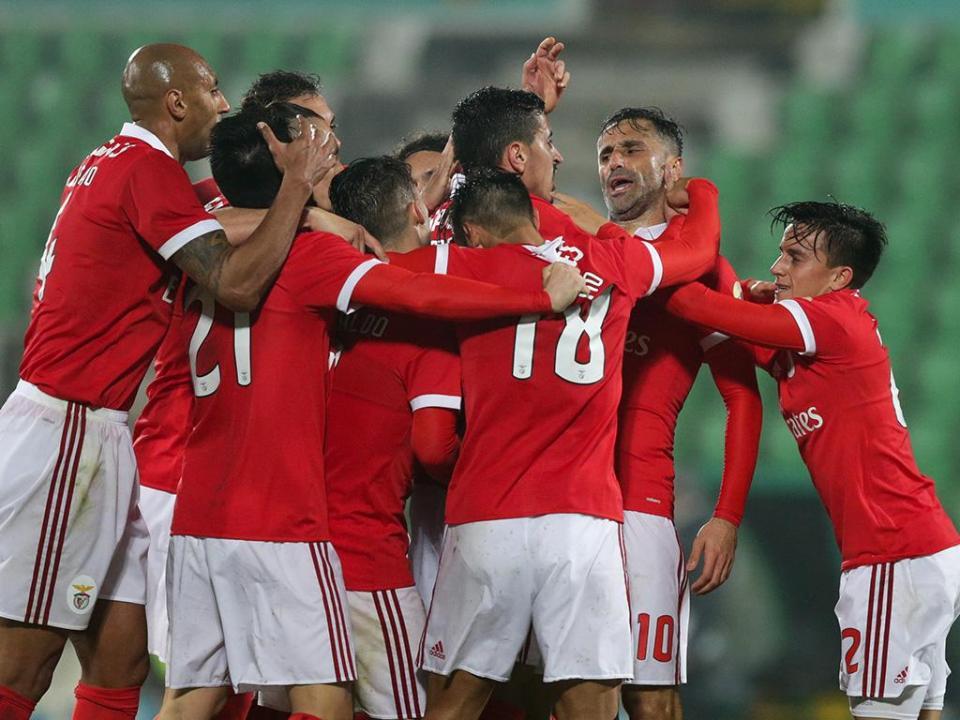 VÍDEO: o golo de Luisão que dá empate ao Benfica em Vila do Conde