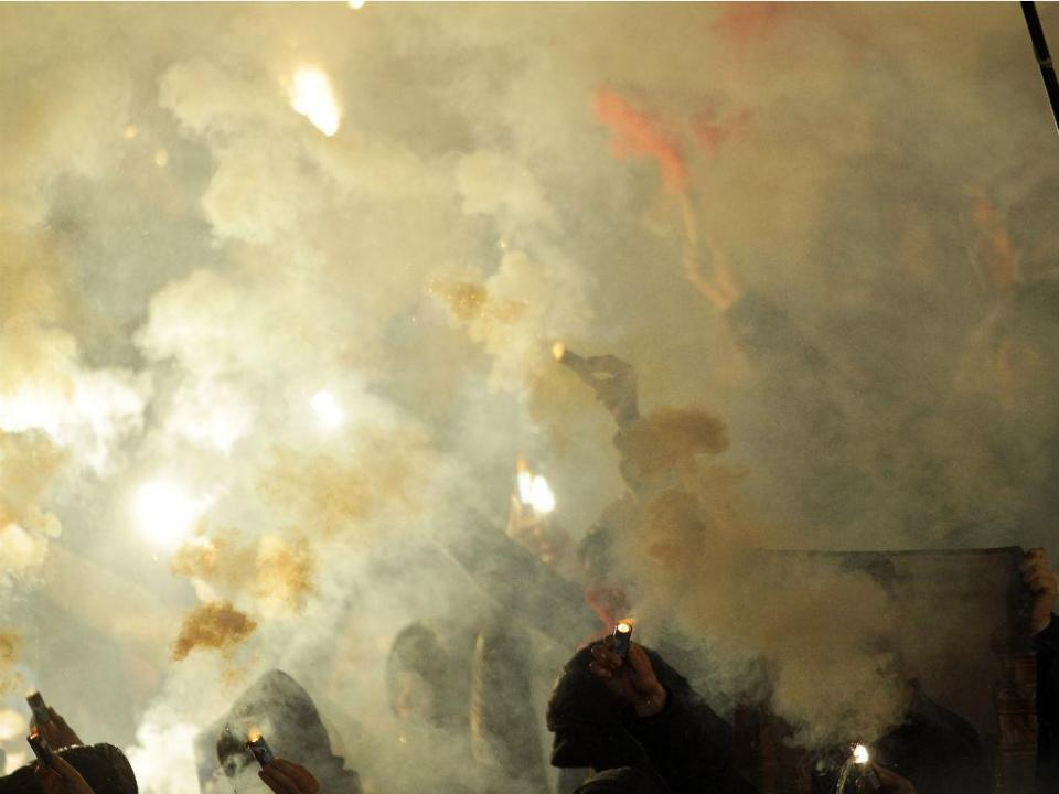 Partizan-Estrela Vermelha: 26 detidos e cerca de 20 feridos (vídeo)
