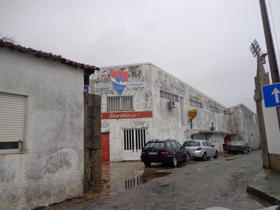 Pelas ruas de Barcelos à boleia da promessa do regresso do Gil à Liga