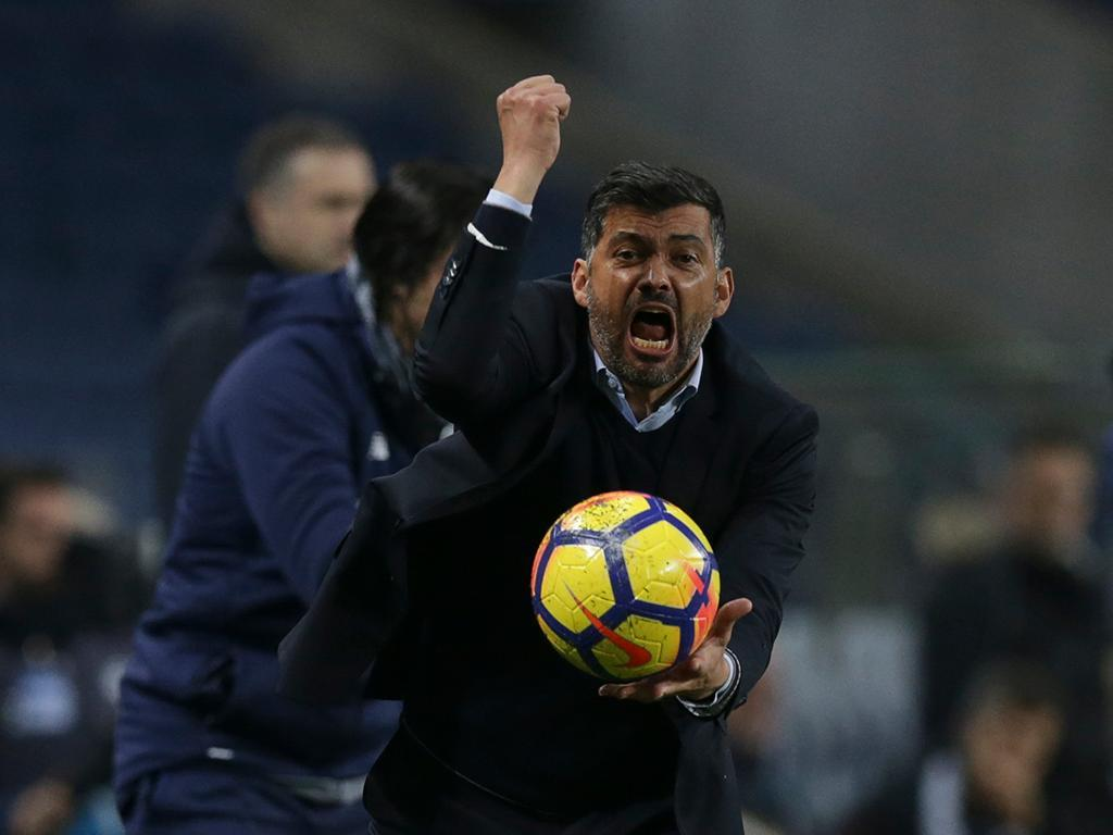 FC Porto goleia Vitória e avança na Taça de Portugal