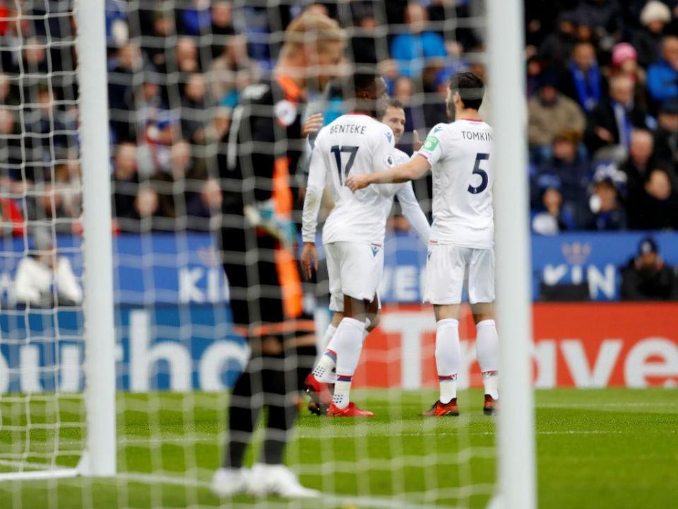 Inglaterra: Crystal Palace até já vence fora