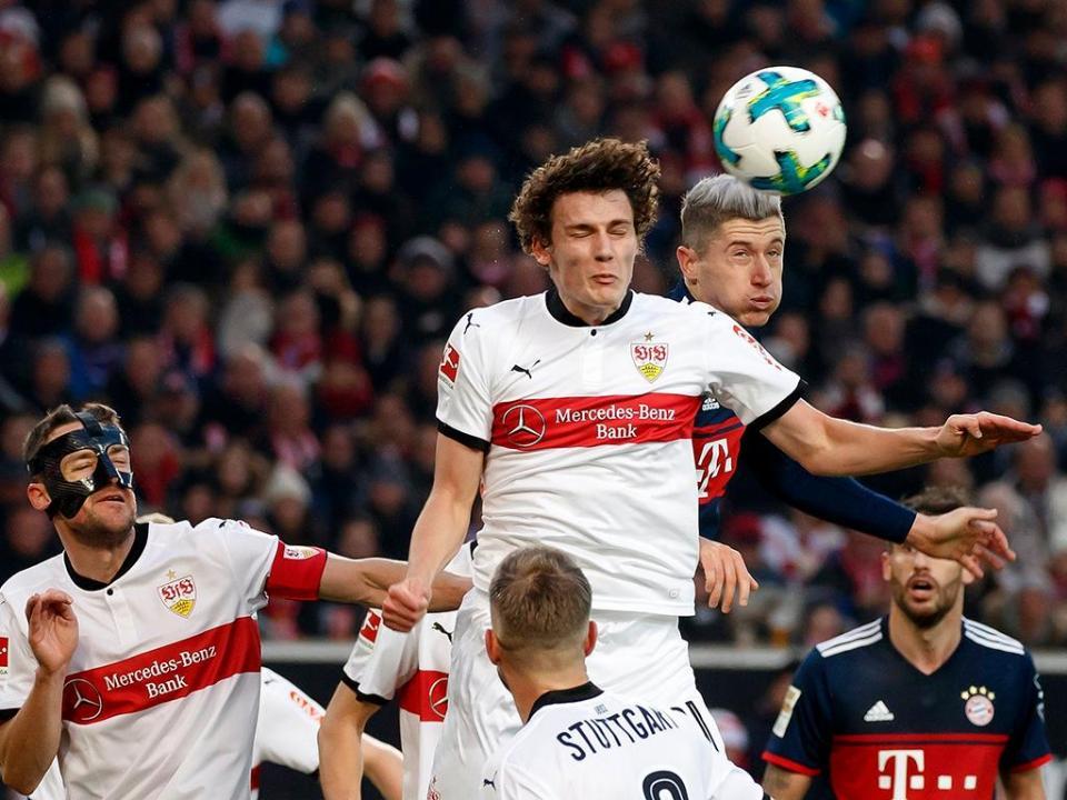 Alemanha: Estugarda renovou com Zimmermann e Pavard