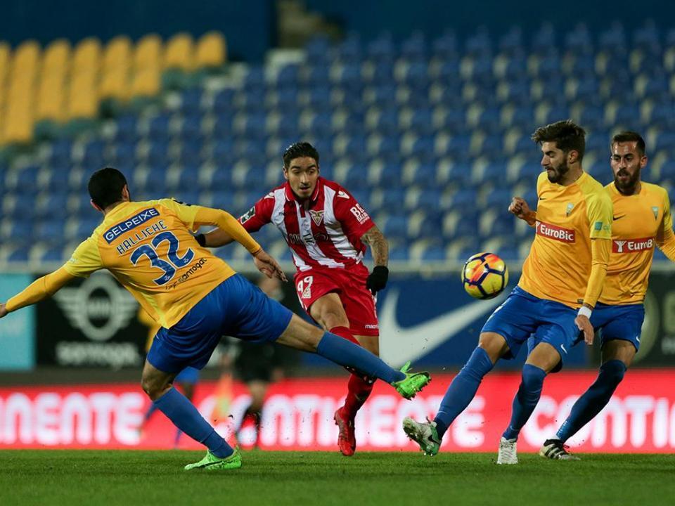 Estoril-Desp. Aves, 3-2 (resultado final)