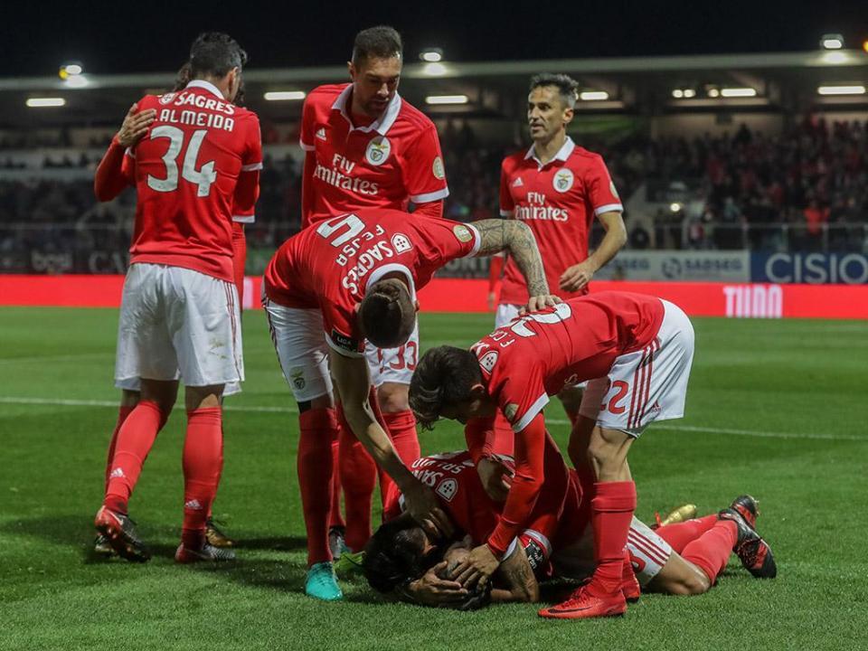 Benfica-Portimonense (equipas): Rúben Dias volta ao onze