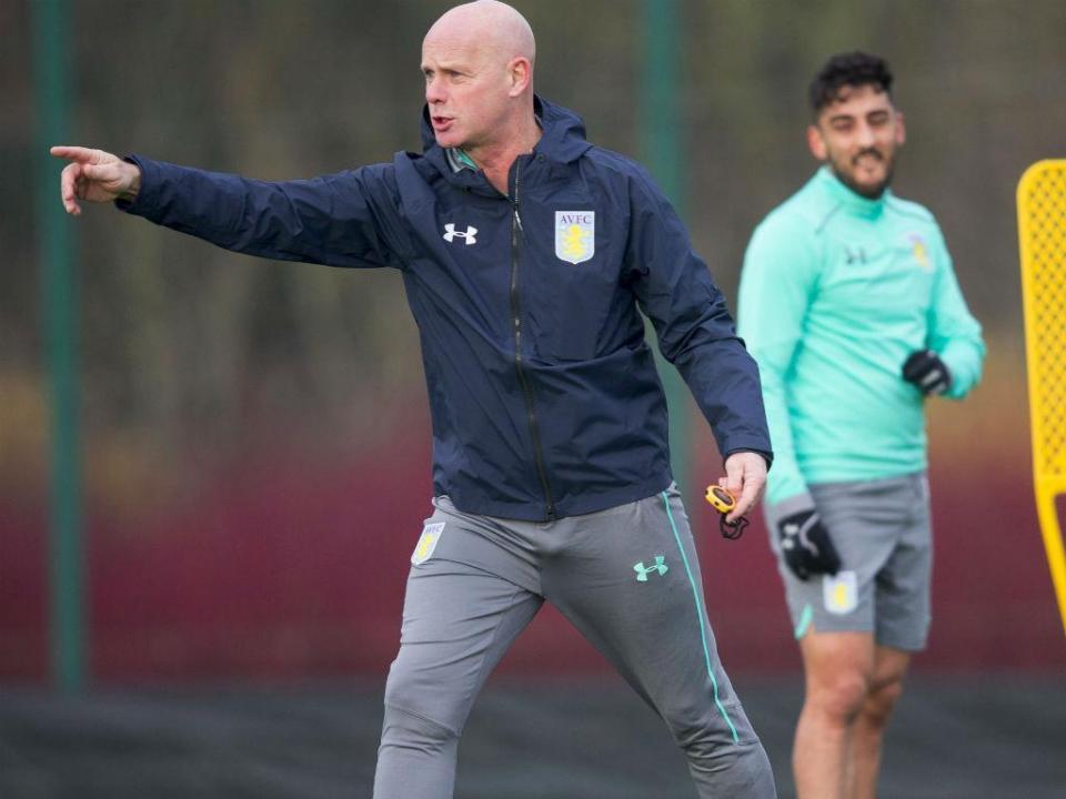 OFICIAL: Steve Agnew é o novo técnico do Aston Villa
