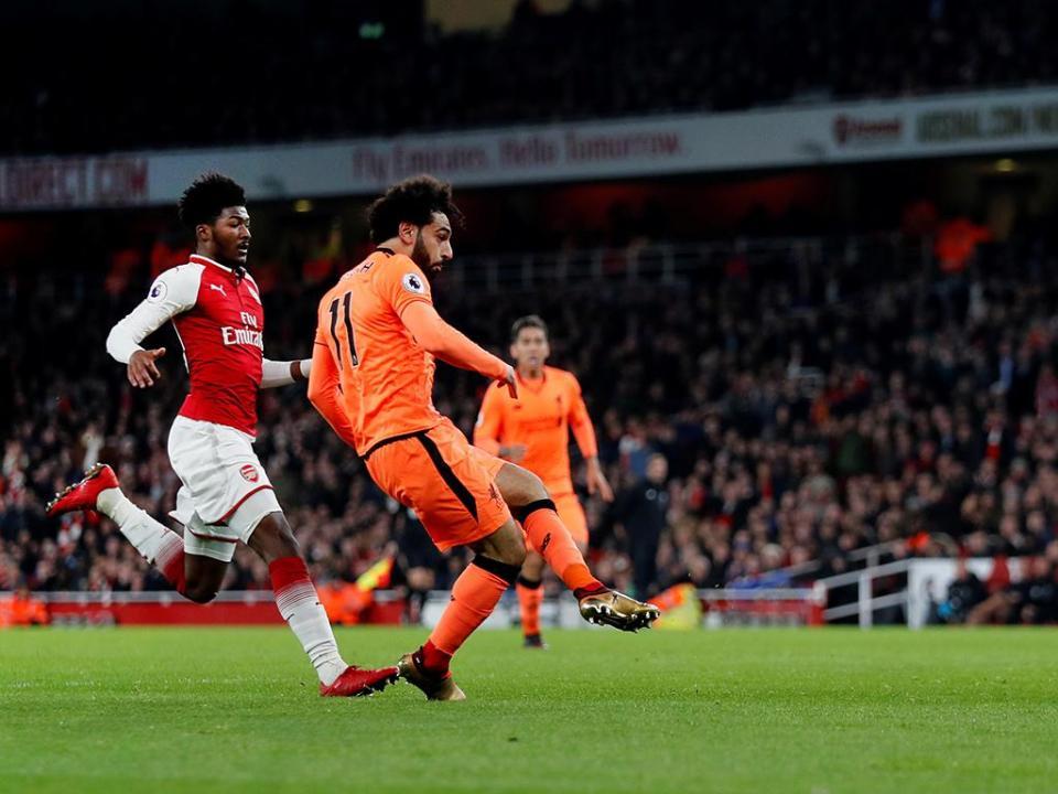 Esquizofrénico: Arsenal e Liverpool empatam a três