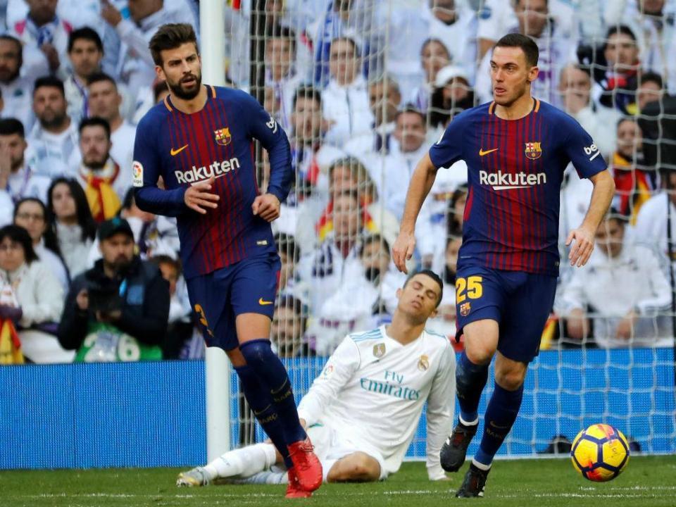 9c8a8edeb4 Piqué revela as mensagens que envia aos jogadores do Real Madrid ...