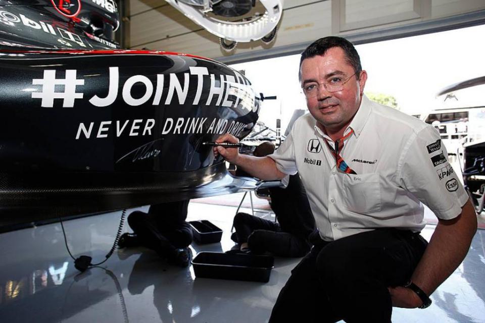 """McLaren atira-se à Ferrari: """"Quebraram o acordo de cavalheiros"""""""