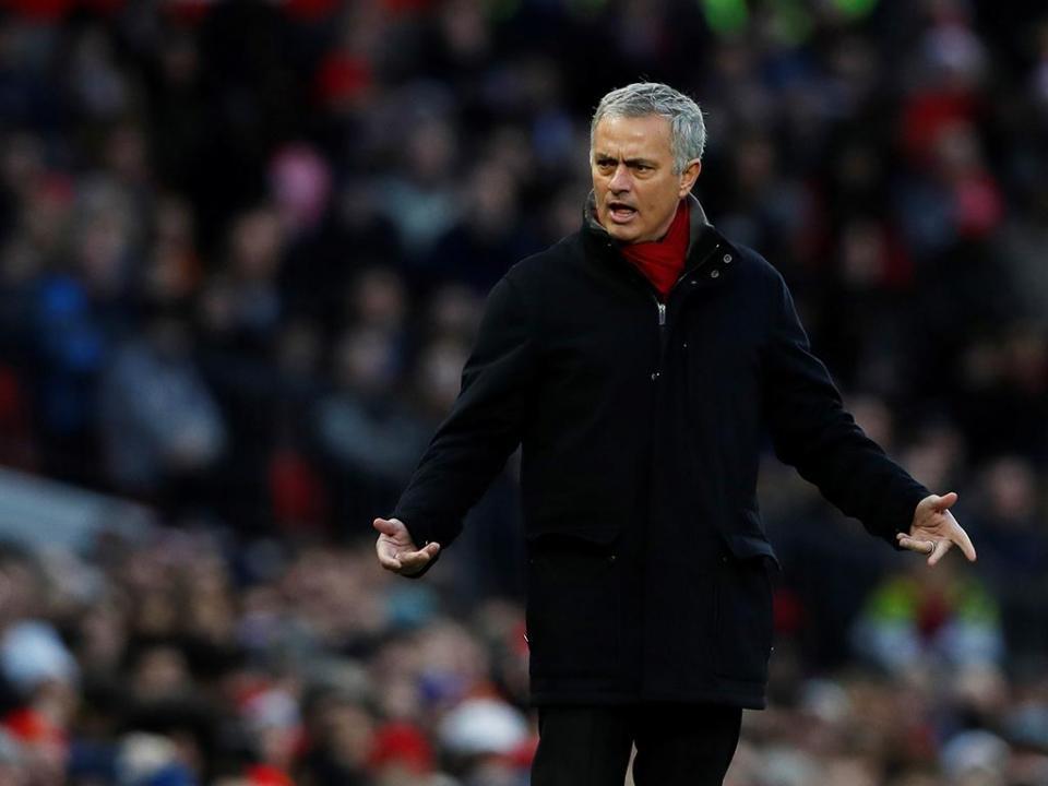 Mourinho: «O City compra laterais ao preço de avançados»