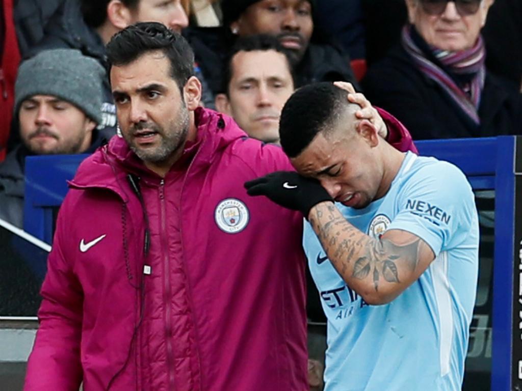 Man. City Guardiola confirma gravidade da lesão de Gabriel Jesus