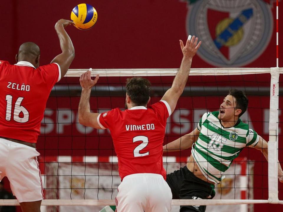Voleibol: Benfica e Sporting a uma vitória da final do campeonato