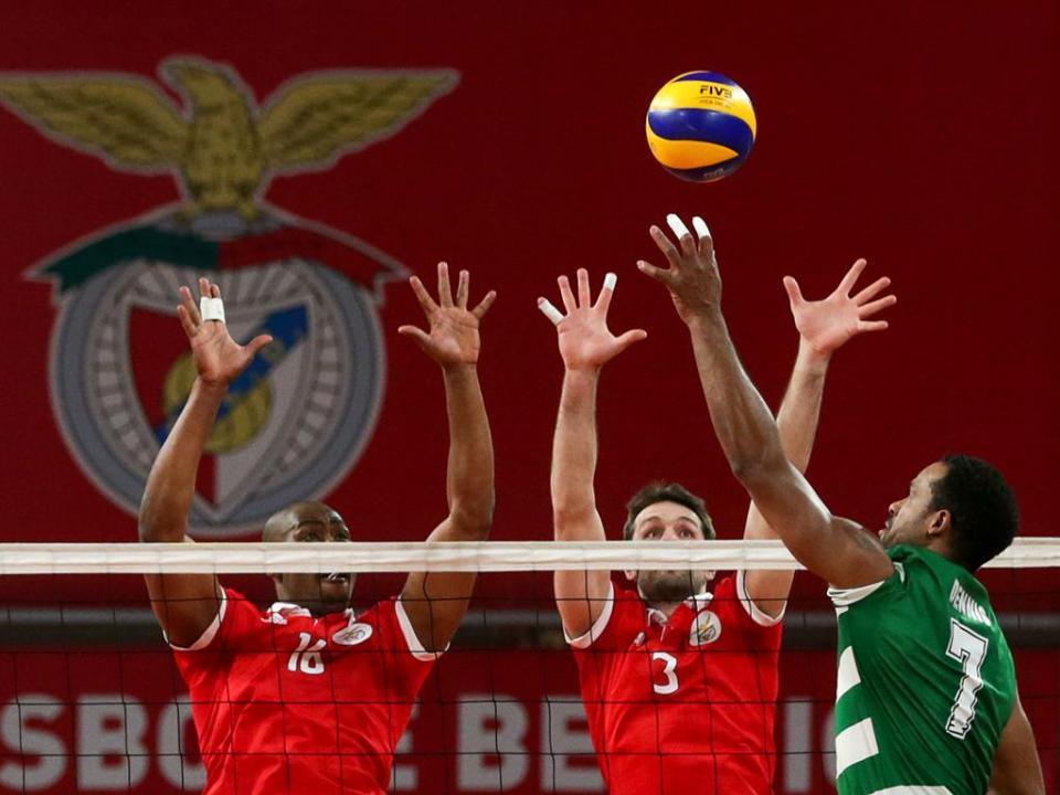 Voleibol: Benfica vence e mantém-se na perseguição do Sporting