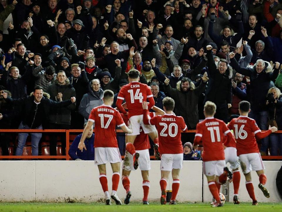 Inglaterra: Nottingham Forest contrata Michael Hefele