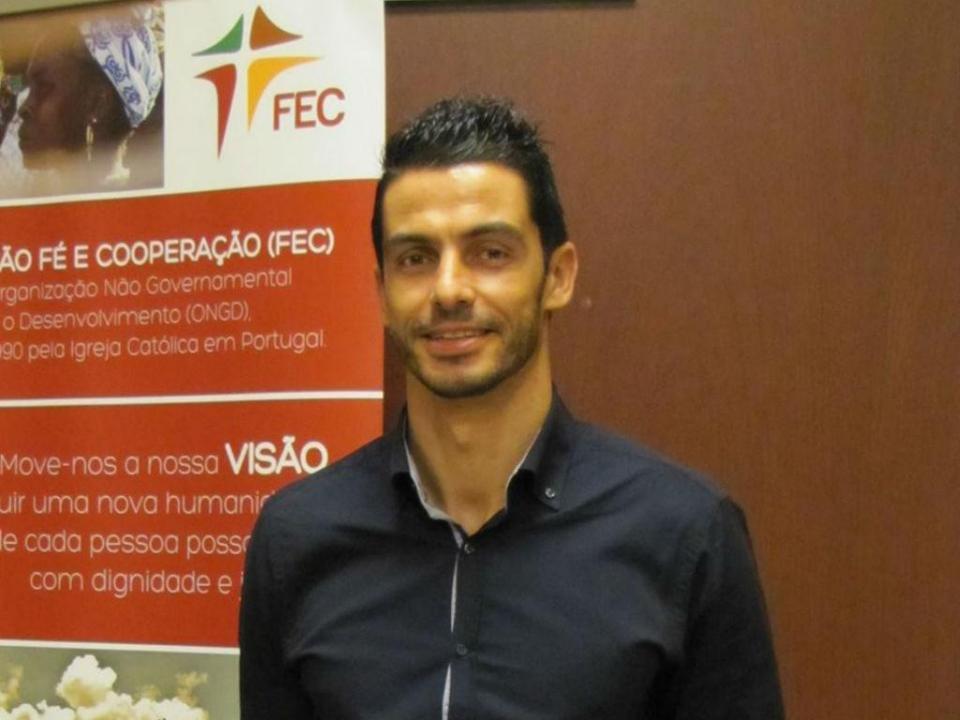 O ex-capitão do Benfica que trabalha numa ONG e faz voluntariado