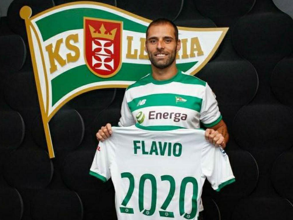 Made in: Flávio Paixão renovou com Lechia Gdansk até 2020