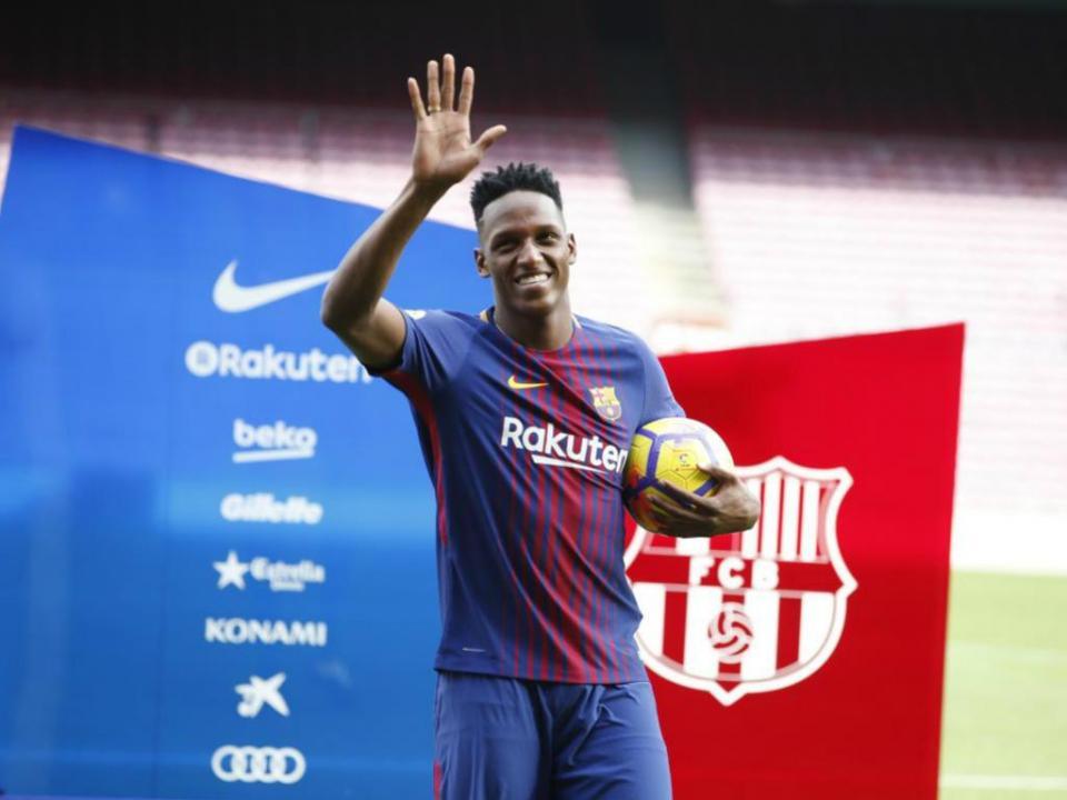 Barcelona: Yerry Mina treinou à parte esta terça-feira