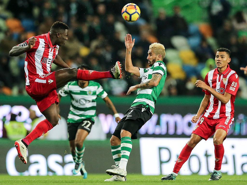 Aves perde por 3-0 contra o Sporting