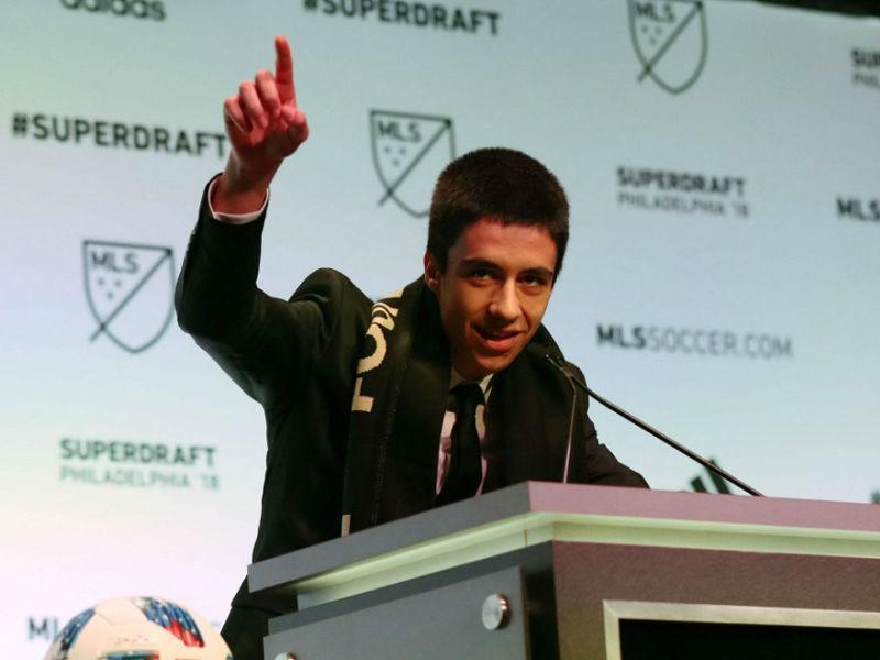 MLS: João Moutinho «feliz» e preparado para a estreia